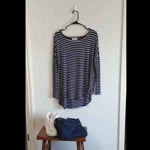 ❗3/$25❗Striped Shirt